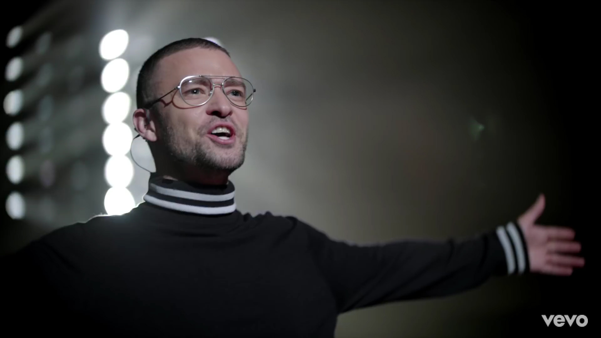 Ο Justin Timberlake επιστρέφει από το μέλλον!